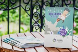 Das ADHS Booklet Vol. 2 bietet Jugendlichen einen altersgerechten Leitfaden zum Umgang mit dem Störungsbild ADHS.