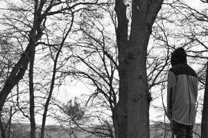 Durch seinen Schwarz-Weiß-Look schafft das OPM Video-Lookbook eine geheimnisvolle Atmosphäre